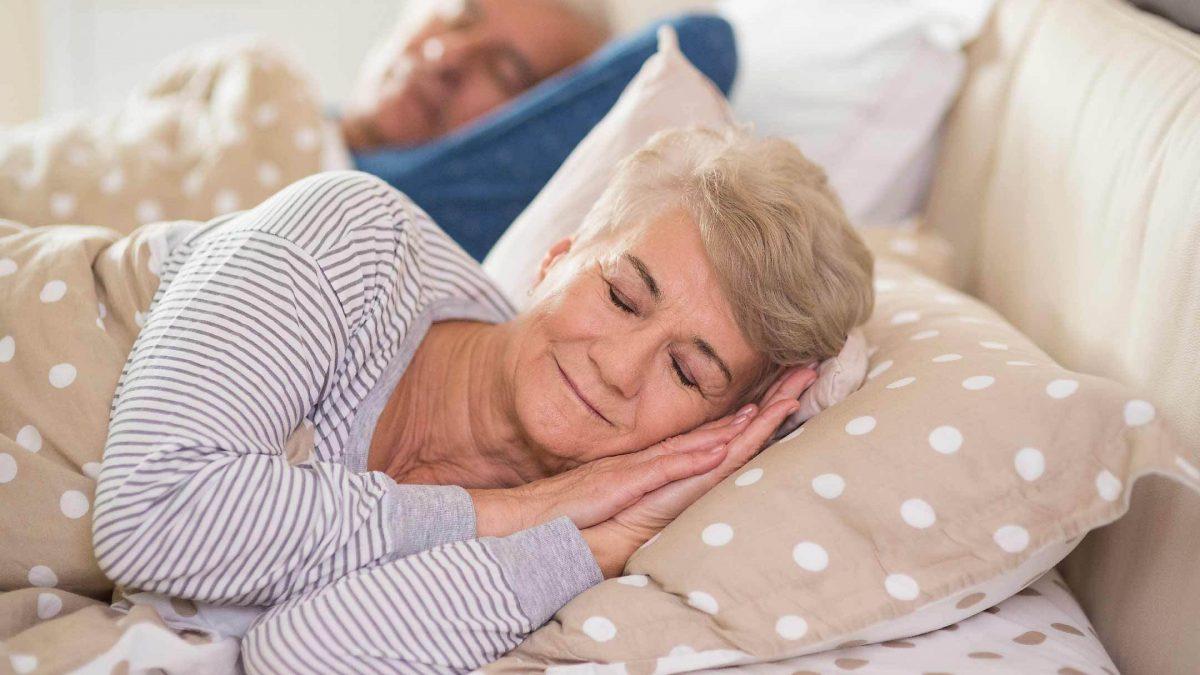 hygge-betreuung-leipzig_gesunder-schlaf-senioren